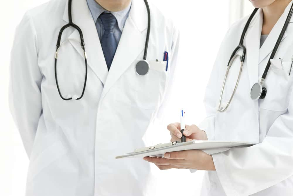 How Do You Know If You Should See A Neurologist Or An Orthopedic Doctor